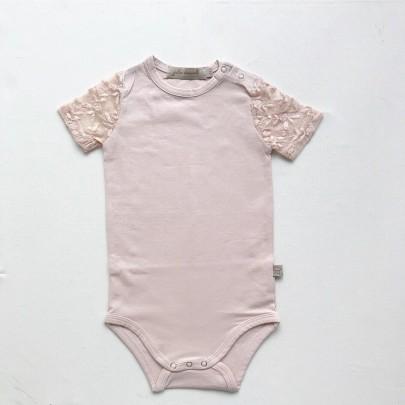 Κοντομάνικο φορμάκι με δαντέλα στα μανίκια σε ανοιχτό ροζ χρώμα - Julie Dausell